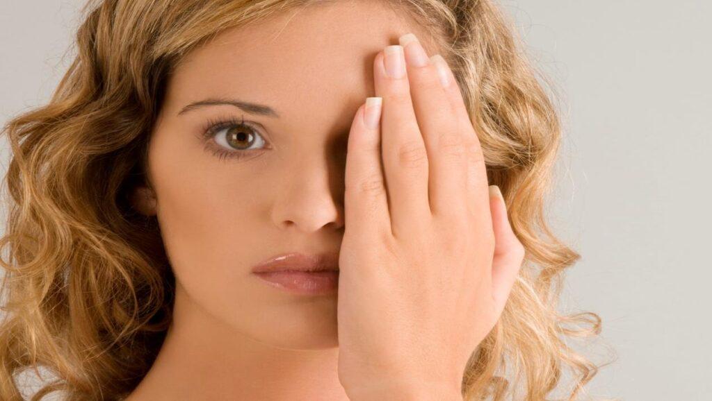 مرض شلل الوجه النصفي الأسباب والأعراض والتشخيص وكيفية العلاج