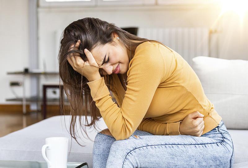 التهاب القولون الغشائي الكاذب الأعراض والتشخيص وطرق العلاج الصحيحة
