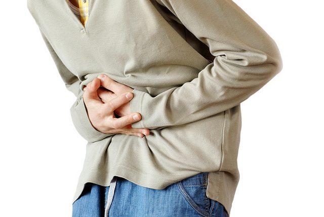 مشكلة عسر الهضم ما هي الأعراض والأسباب وكيف يتم تشخيص المشكلة وعلاجها؟