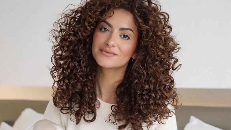 انواع الشعر المختلفةوطرق العناية به لمنع التساقط والتقصف والهيشان