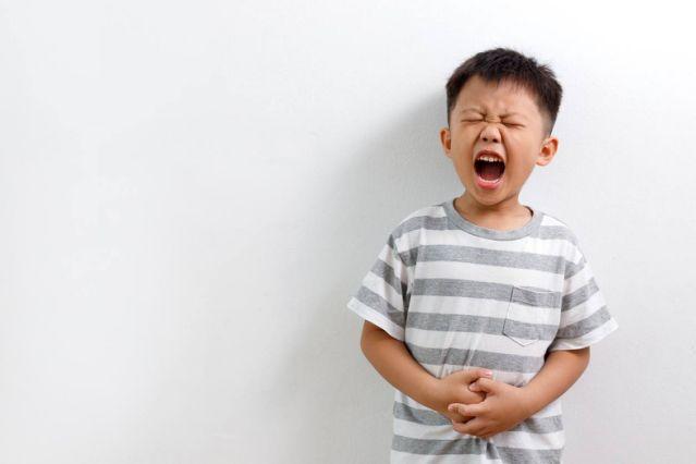 كيفية علاج عسر الهضم عند الاطفال وما هي اسبابه واعراضه؟